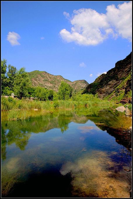 白河峡谷图片
