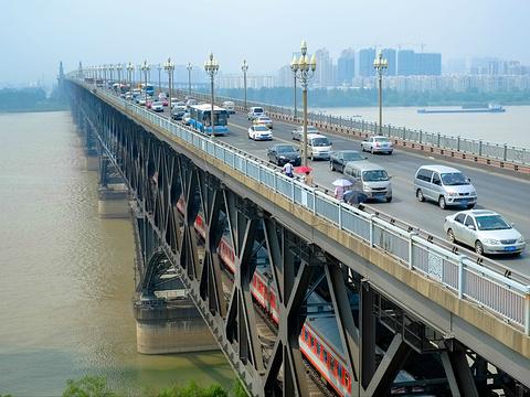 南京长江大桥旅游景点图片