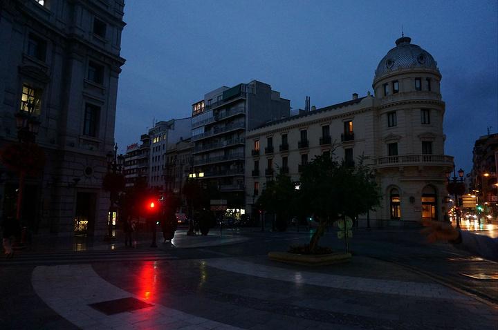 """""""后一天在格拉纳达的所有景点穿梭,我们除了走就是出租车,这城市的移动果然还是出租车啊_Granada's Cathedral""""的评论图片"""