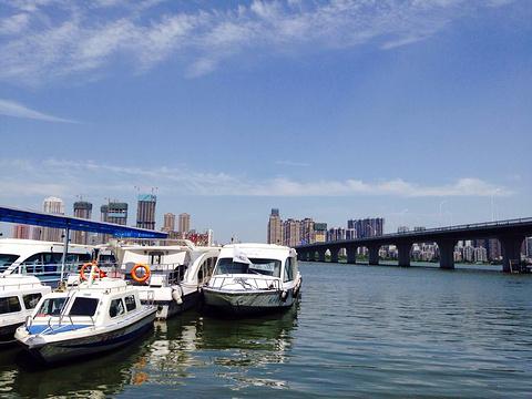 楚河汉街中心码头