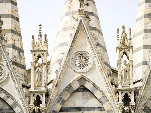 圣母玛利亚斯皮那教堂旅游景点图片