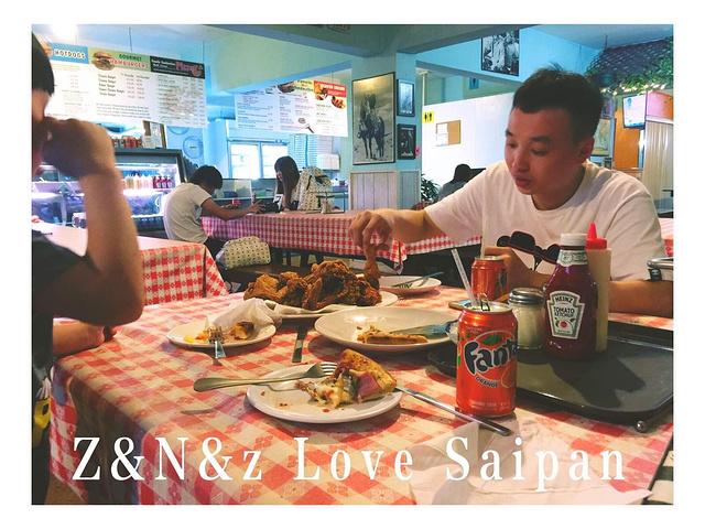 """""""晚餐在这家美式的快餐店解决,位置在加拉班市中心,mama商店右手再往前的地方。儿子还吃了个大冰激淋_American Pizza & Grill of Saipan""""的评论图片"""