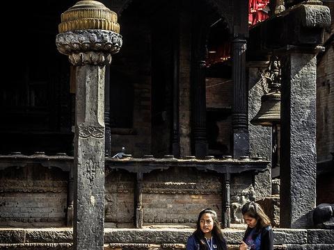 塔丘帕街旧城广场旅游景点图片