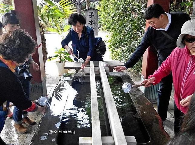 """""""是每年正月冲绳香客参拜最多的神社_波上宫""""的评论图片"""