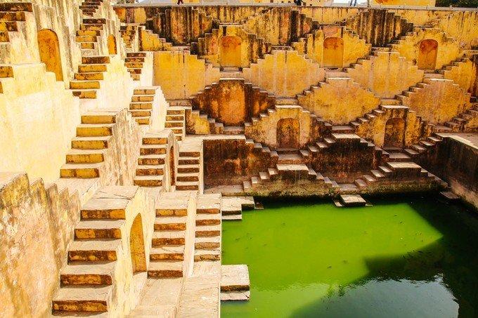 阶梯水井图片