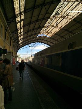 阿维尼翁中央车站旅游景点攻略图
