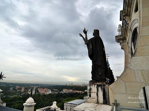 阿穆德纳圣母教堂旅游景点图片