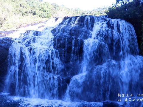 贝克瀑布旅游景点图片