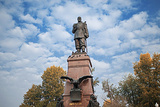亚历山大三世雕像