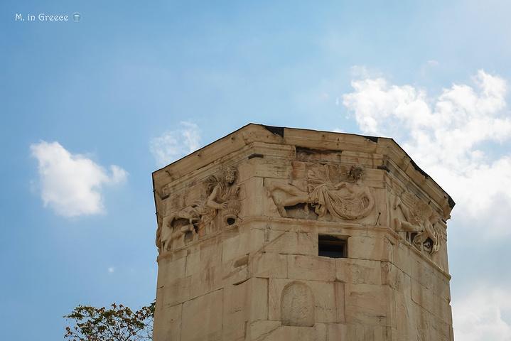 """""""塔身顶部镌刻了代表八个风向的风神,被后世认为是储藏着巨大魔法的地方,被认为是马其顿菲利普王埋葬的地方_风之塔""""的评论图片"""