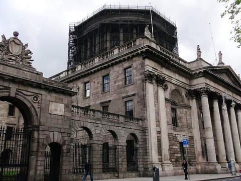 四法院旅游景点图片