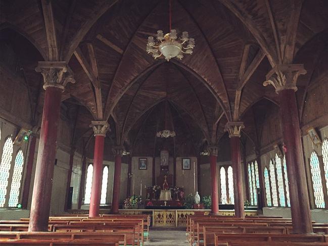 百年天主教堂图片