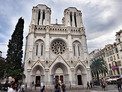 尼斯圣母院旅游景点图片