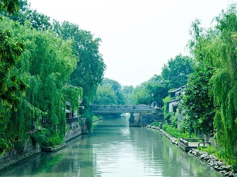 小河直街旅游景点图片