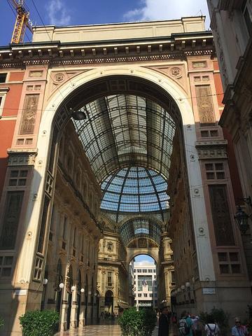 """""""整篇都在吐槽意大利的我,感觉好无力,特别是在米兰住到全程最差的酒店,网站评分居然是8_埃马努埃莱二世长廊""""的评论图片"""