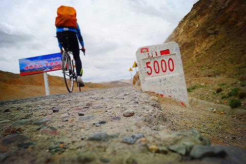 318国道5000公里纪念碑旅游景点攻略图