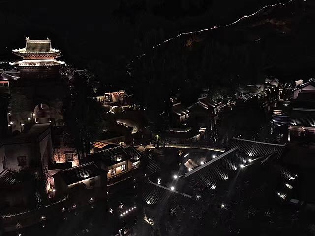 """""""游客服务中心一天有三班车,车直接送到司马台长城检票口,期间不可以在古北水镇内停留。_司马台长城""""的评论图片"""