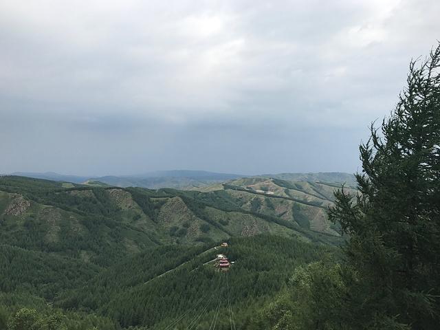 """""""和导游一起登山,下山,我们赶上下雨,花了4个小时,如果天气好,应该2_苏木山森林公园""""的评论图片"""