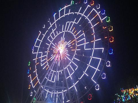 青岛海上嘉年华主题乐园旅游景点图片