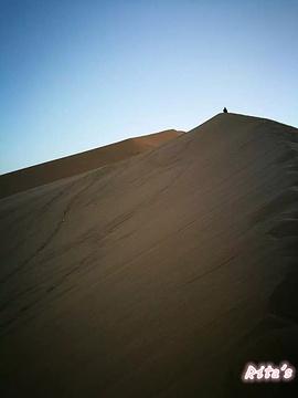 巴丹吉林沙漠旅游景点攻略图