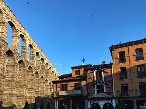 古罗马大渡槽旅游景点图片