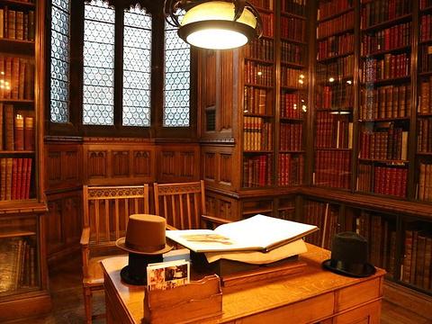 约翰·瑞兰德图书馆旅游景点图片