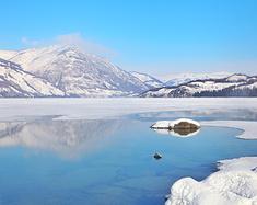 新疆:冬游喀纳斯,过一个图瓦春节