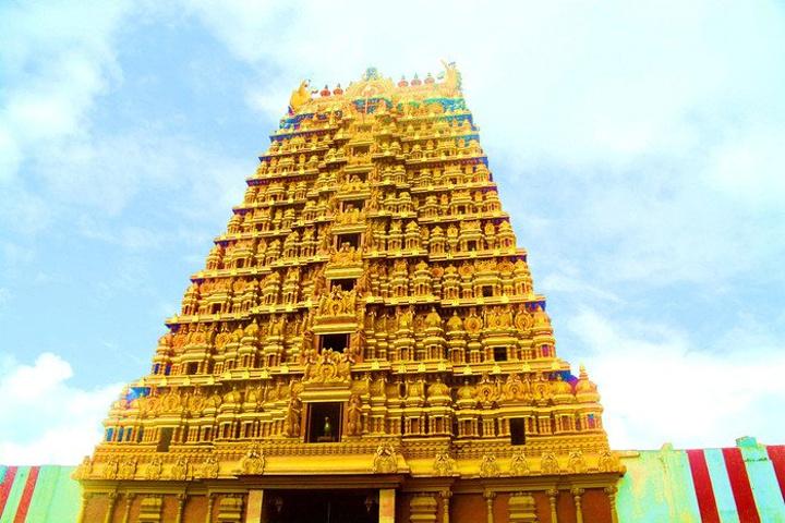 """""""贾夫纳全部景点观光中排第2名。这里是贾夫纳最有名的印度教神庙,来此朝拜的信徒络绎不绝。然后买票_康德萨米神庙""""的评论图片"""