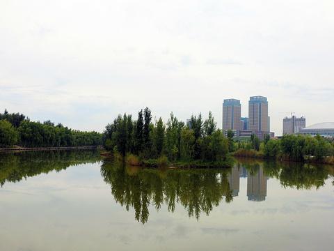 伊宁城市海景公园旅游景点图片