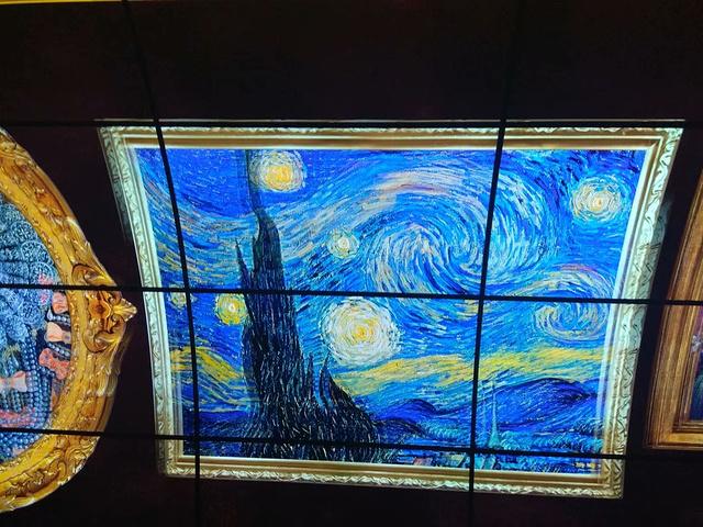 """""""...中影城的电影票,特意选了晚上的场次,便是想着等候期间可以欣赏下备受称赞的广州塔夜景,确实非常美_广州塔""""的评论图片"""