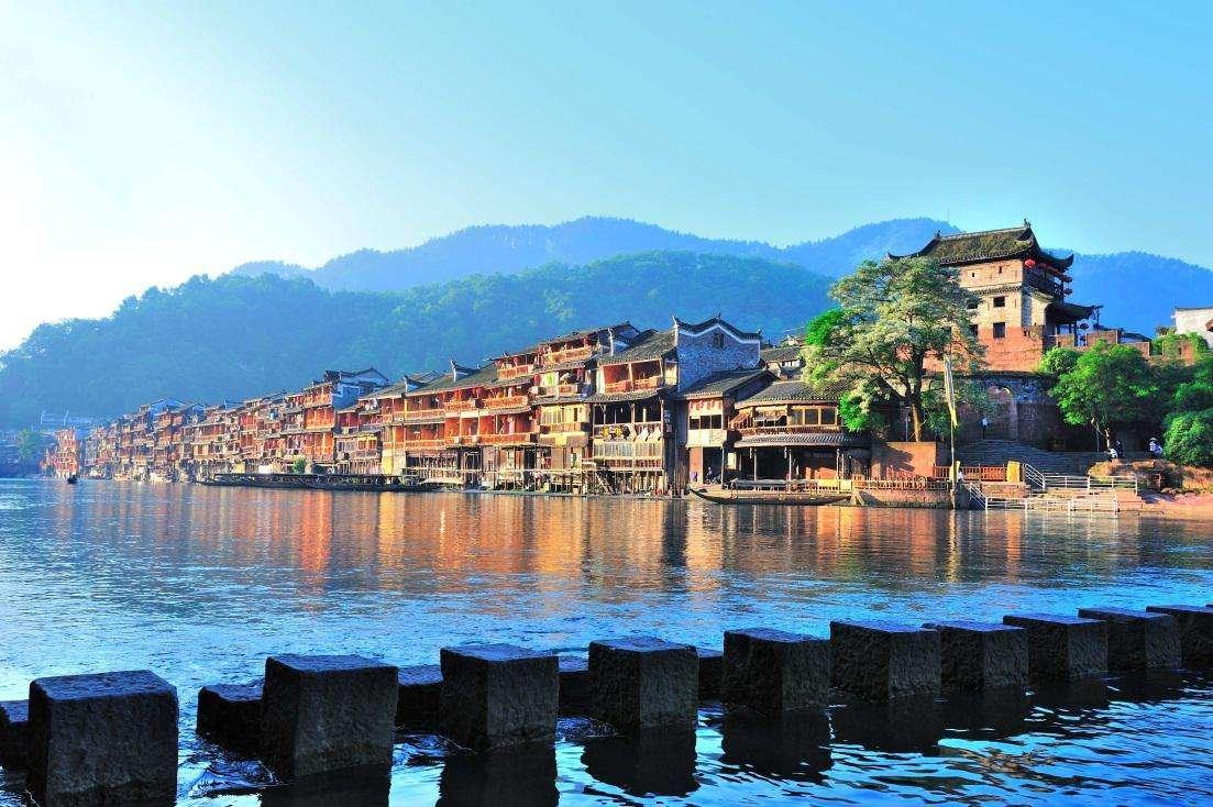 #十一哪里值得去#盘点国内东南西北最受欢迎的18个旅行地,现在准备也不晚!