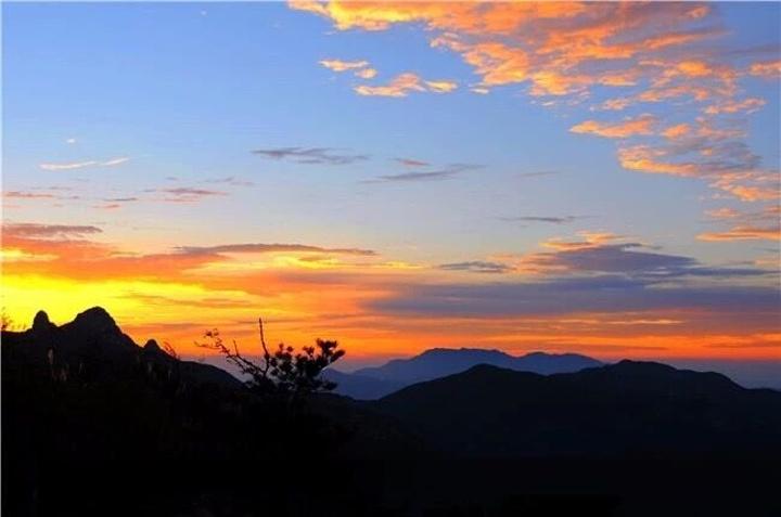 """沂蒙山在哪里_2020鹰窝峰与蒙山寿星是蒙山两大标志性景点,""""蒙山寿星""""依 ..."""