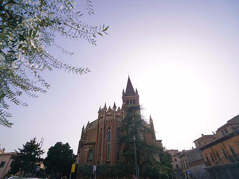 香草广场Piazza delle Erbe旅游景点图片