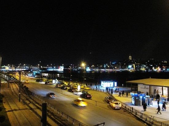 加拉太大桥图片