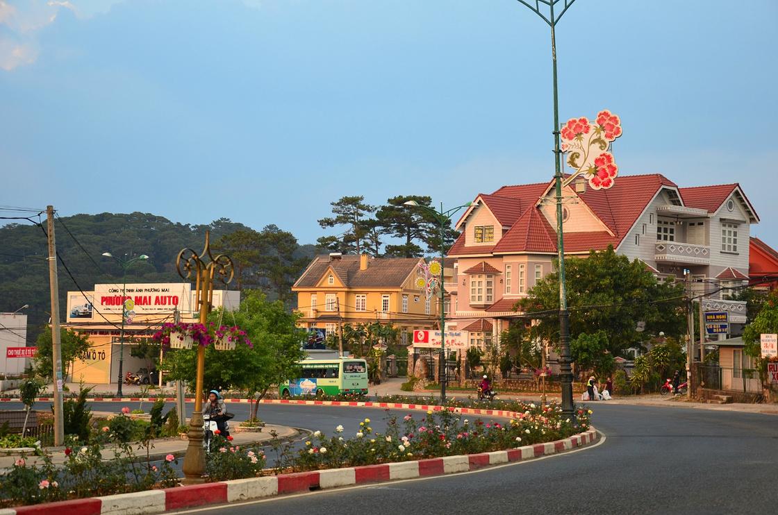 给青春一个交代——行走涠洲岛、越南、泰国