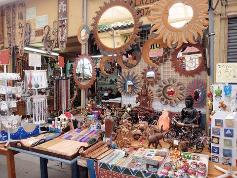 Encants跳蚤市场旅游景点图片