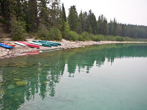 派翠西亚湖旅游景点图片