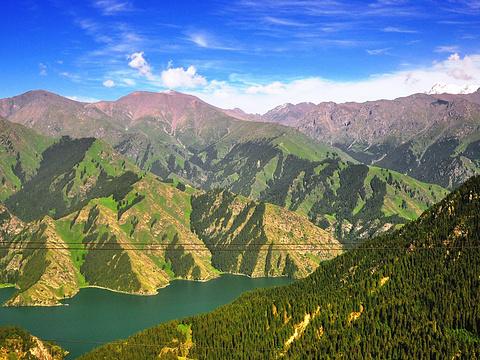 天山天池旅游景点图片