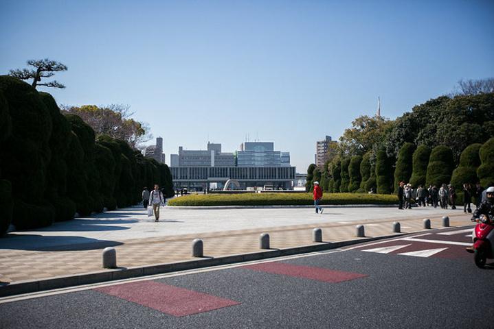 """""""轴线的最北端是爆炸后遗留下的遗迹_和平纪念公园""""的评论图片"""