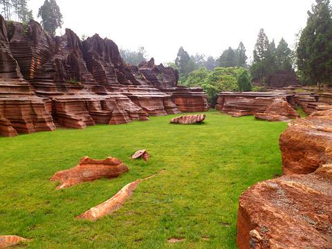 红石林国家地质公园旅游景点图片