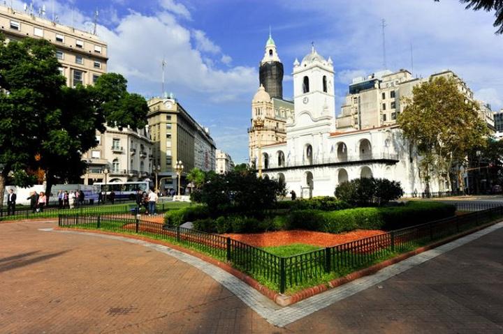 """""""市中心两条街开外是佛罗里达大街, 很多商店_阿根廷玫瑰宫""""的评论图片"""