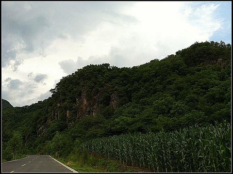 青山沟旅游景点攻略图