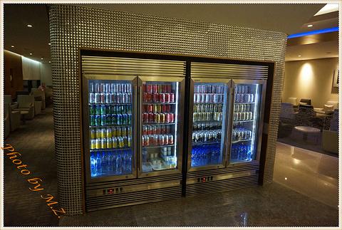 浦东国际机场头等舱休息室餐厅旅游景点攻略图