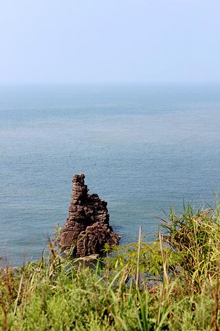 """""""虽然已经许多游客慕名而来,鸡鸣岛还处于未怎么开发现状,岛上人工雕琢的痕迹很少,民风淳朴,景色宜人_鸡鸣岛""""的评论图片"""
