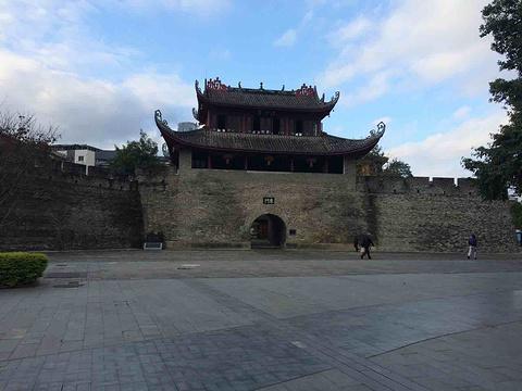 东门城楼旅游景点图片