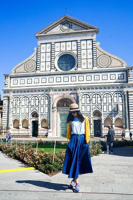新圣母玛利亚教堂图片