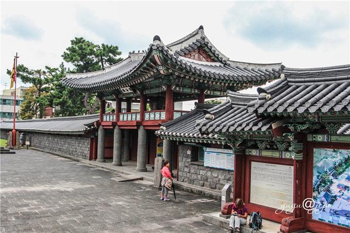 亚洲 韩国 济州特别自治道 济州市 - 西部落叶 - 《西部落叶》· 余文博客