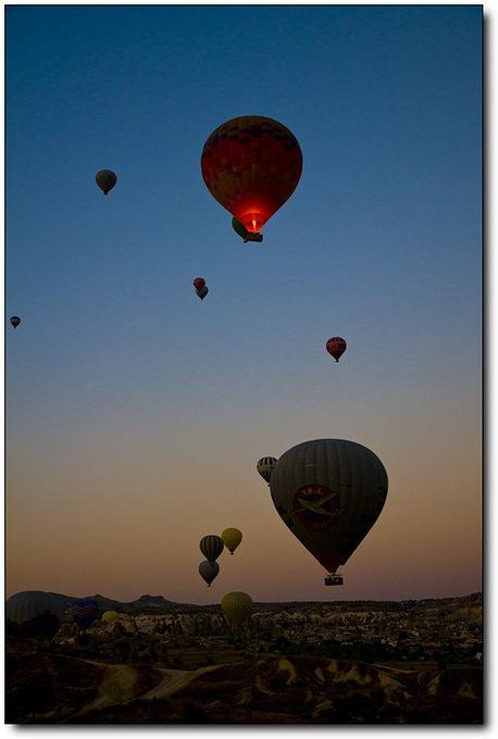 卡帕多奇亚热气球图片