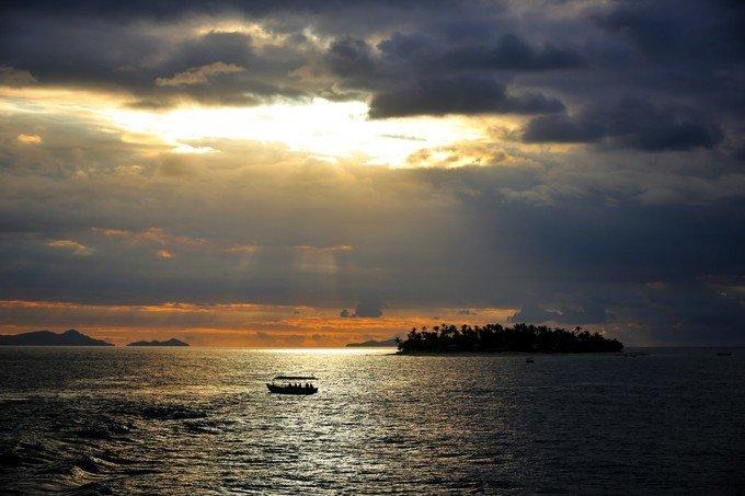 魅力亚萨瓦群岛图片