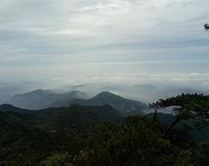 气势磅礴的军峰山之旅